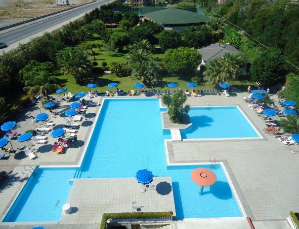 piscina e parco dell'Eurolido